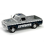 Victory Road NFL Dallas Cowboys 1 - 43 Scale Pick-Up Truck Sculpture Collection