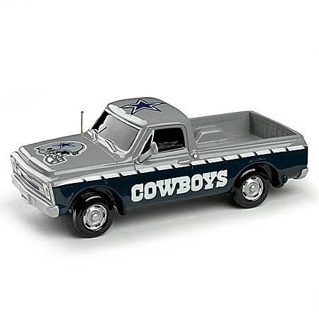 Victory Road NFL Dallas Cowboys 1:43 Scale Pick-Up Truck Sculpture Collection