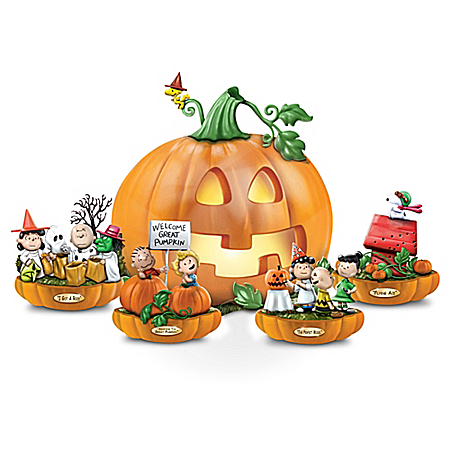 The PEANUTS: It's The Great Pumpkin Sculpture Collection