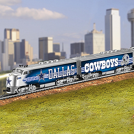 Dallas Cowboys Electric Train With Lighted Locomotive