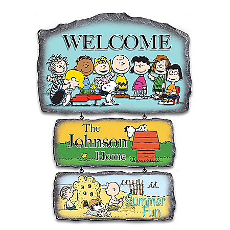 The PEANUTS Gang Personalized Seasonal Welcome Sign
