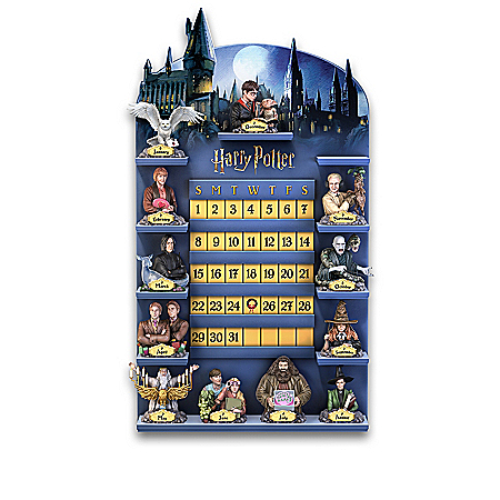 HARRY POTTER Perpetual Calendar Collection And HOGWARTS Castle Display