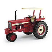 Farmall 544 Gas Narrow Front Diecast Tractor