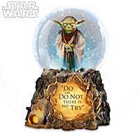 STAR WARS Jedi Master Yoda Glitter Globe