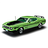1:18-Scale 1971 Ford Mustang Mach 1 Diecast Car