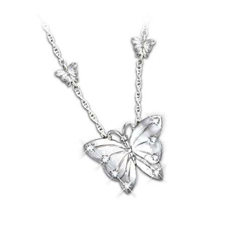 Butterfly Kisses Diamond Pendant Necklace