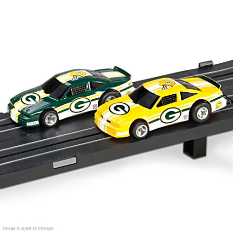 1/87 HO-Scale Green Bay Packers Electric Slot Car Set