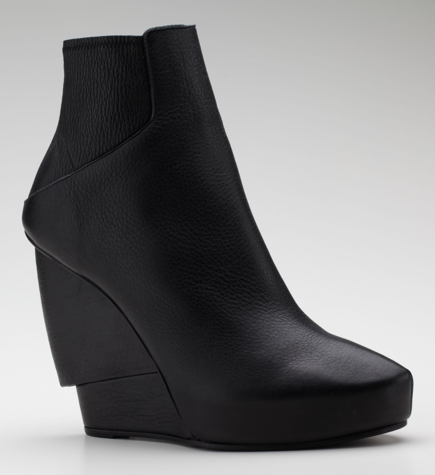 HYDRA WEDGE BOOTIE