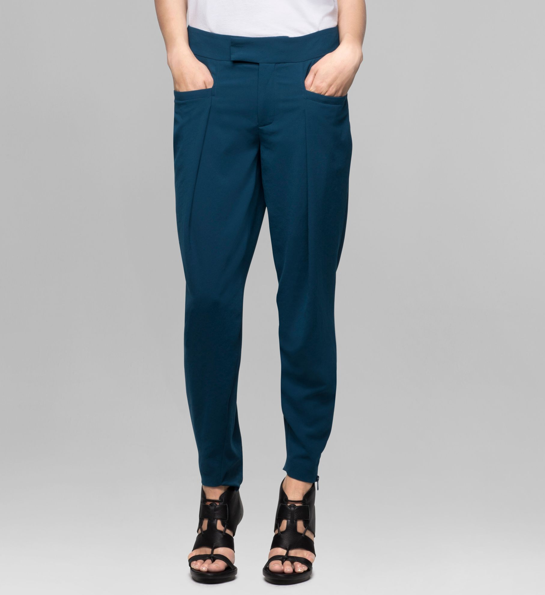 FLUID CREPE TROUSER