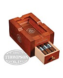 MACANUDO CRU ROYALE COLLECTION WITH ASHTRAY TORO