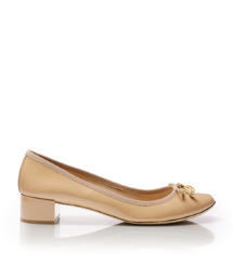 Tory Burch Chelsea Pump