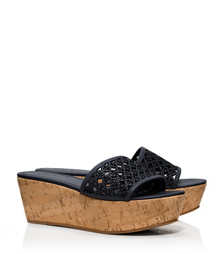 ELAINE WEDGE SLIDE