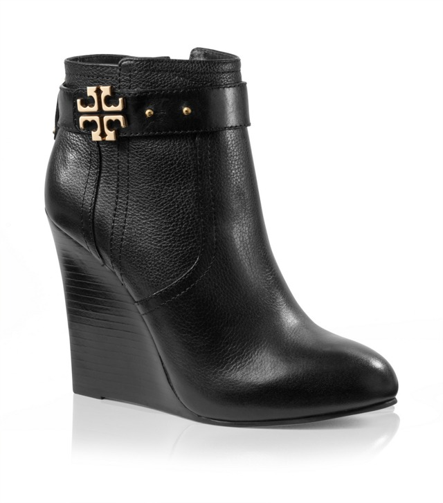 Elina Wedge Bootie
