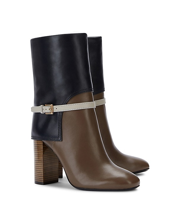 Beautiful Tory Burch boot