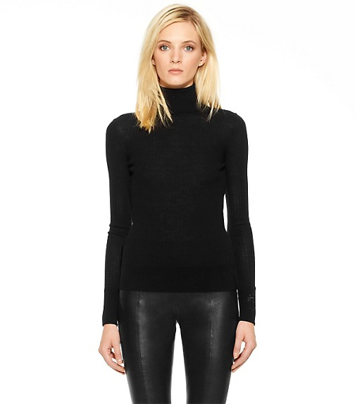 ANTONIA TURTLENECK