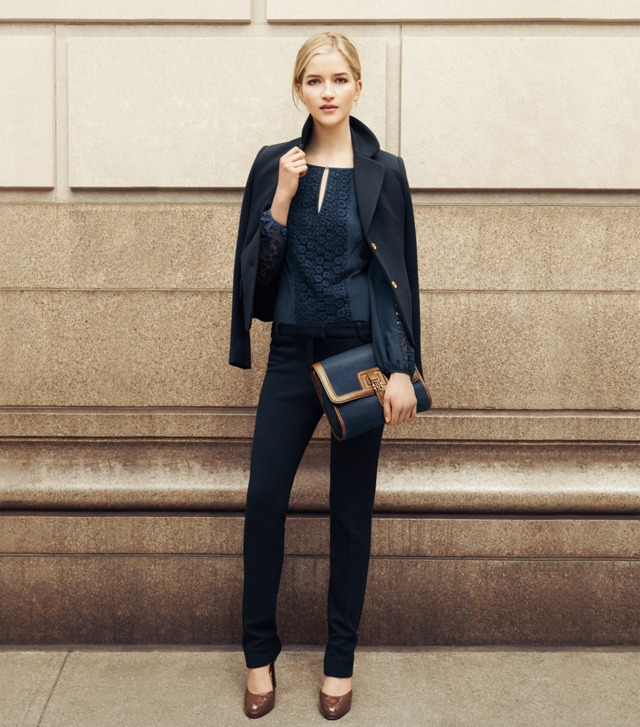 THE CLASSIC NAVY SUIT