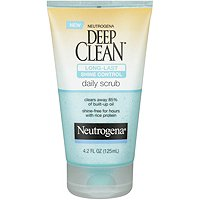 NeutrogenaDeep Clean Long Lasting Shine Control Scrub