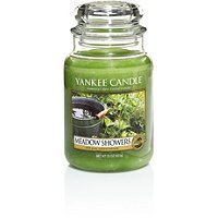 Yankee Candle CompanyMeadow Showers Candle