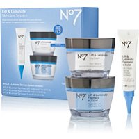 BootsNo 7 Lift & Luminate Kit