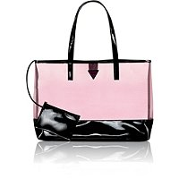 GuessOnline only! FREE tote bag with any Guess Girl purchase of $52 or more