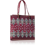 Taylor SwiftOnline Only! FREE Wonderstruck tote with any  $59.50 Taylor Swift purchase