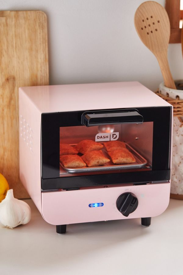 Dash Mini Toaster Oven | Urban Outfitters
