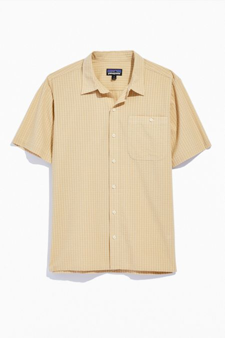 파타고니아 반팔 셔츠 Patagonia Puckerware Short Sleeve Button-Down Shirt