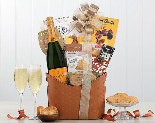 Veuve Clicquot - FREE STANDARD SHIPPING - Item No: 844