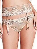 Embrace Lace™ Garter 848291