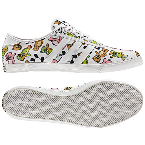 image: adidas Jeremy Scott P-Sole Shoes Q23665