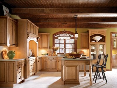 Blakely Maple Palomino Glaze By Thomasville Cabinetry