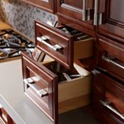 2-Drawer Wall Unit