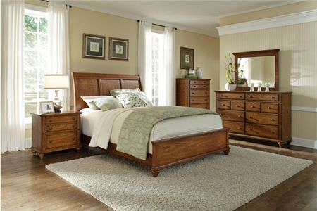Hayden Place -  Oak,  Sleigh Bed