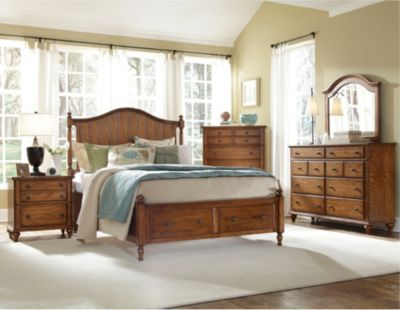 Hayden Place -  Oak,  Panel Storage Bed