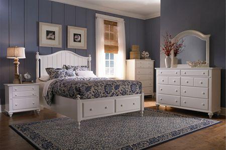 Hayden Place -  White,  Panel Storage Bed