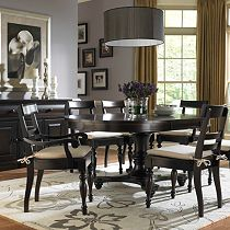 Farnsworth Round Pedestal Table