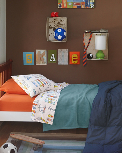 bedroom themes for a little boy the fancy shack ideas. Black Bedroom Furniture Sets. Home Design Ideas