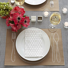 Silk-Screen Place Mat: DIY Instructions & Template