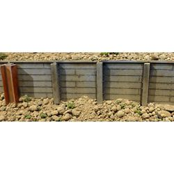 """Chooch 8612 Flexible Timber Retaining Wall Large for HO S & O Scales 3-3/4 x 12"""" 9.5 x 30.5cm 214-8612"""