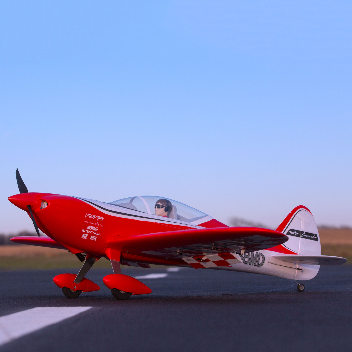 E-flite Commander mPd 1.4m Sport RC Airplane