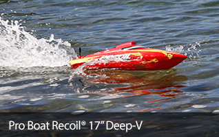 Pro Boat Recoil 17 Deep V RTR Self Righting Boat