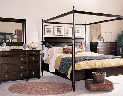 Gramercy Park Poster Bed