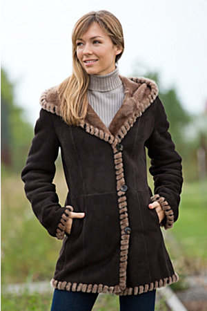 Women's Hadley Hooded Spanish Merino Shearling Sheepskin Coat ...
