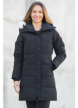 Women's Shelburne Canada Goose Arctic Parka with Coyote Fur Trim