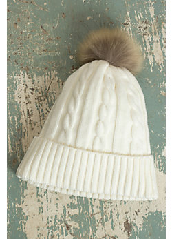 Women's Skea Stella Merino Wool Knit Hat with Raccoon Fur Pom