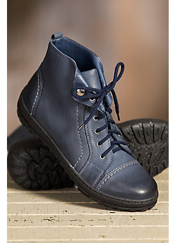Women's Tucker Lace-Up Handcrafted Leather Boots