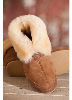 Women's Fireside Sheepskin Slippers