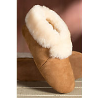 Women's Serenity Sheepskin Slippers, Chestnut, Size 9 Western & Country