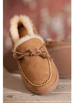 Overland Classic Low Moc Sheepskin Slippers