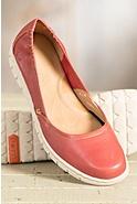 Women's Born Reija Leather Flats
